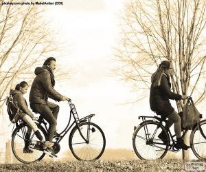 Puzle Čeleď cyklistika