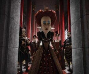 Puzle Červená královna (Helena Bonham Carter) je tyranský vládce podsvětí.