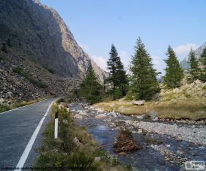 Puzle Řeka, horská silnice