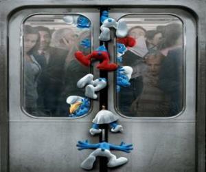 Puzle Šmoulové jsou chyceni v metru dveře - Šmoulové, film -