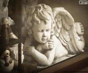 Puzle Anděl s rukama zkříženýma