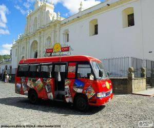 Puzle Antigua City Tour, autobus