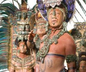 Puzle Aztécký kněz dělal oběť bohům