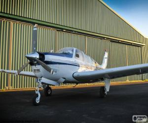Puzle Bílé malé letadlo