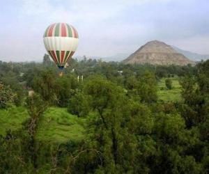 Puzle Balón v krajině s cestujícími
