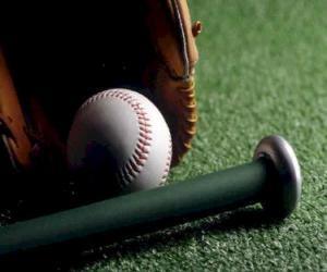 Puzle Baseball, rukavice a bat