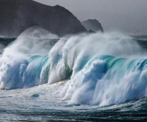 Puzle Bouře na moři