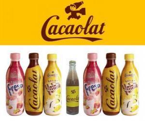 Puzle Cacaolat je značka koktejl a kakaa, ale jsou zde i vanilka a jahoda třese.