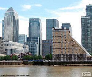 Puzle Canary Wharf, Londýn