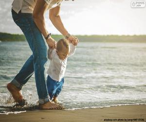Puzle Dítě na pobřeží