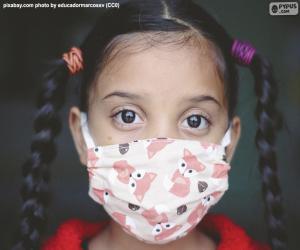 Puzle Dívka s maskou