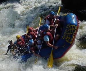 Puzle Dobrodruzi po řece s nafukovací člun