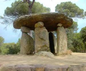 Puzle Dolmen, neolitické kamenné budově v podobě velkého kamenného stolu