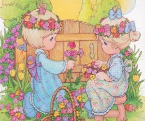 Puzle Dvě dívky vybírat květiny. Precious Moments