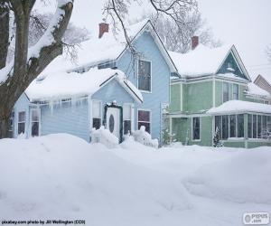Puzle Dva domy pokryté sněhem