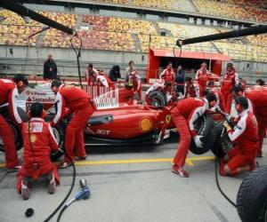 Puzle Ferrari pit stop praxe, Shanghai 2010