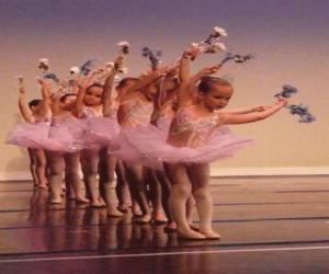 Puzle Holky dělá balet