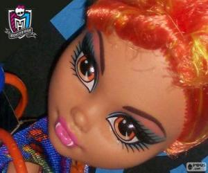 Puzle Howleen Wolf, sestra si Clawdeen
