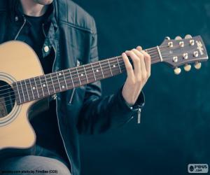 Puzle Hudebník hraje na kytaru