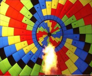 Puzle Interiér balon s plamenem