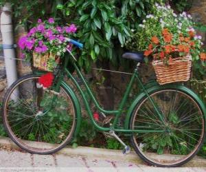 Puzle Jízdní kolo s košíky plné květin