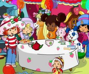Puzle Jahůdka - Jahodový koláč dort na večírku