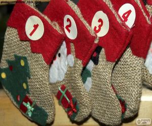 Puzle Kalendář-ponožky