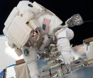 Puzle Kosmonaut ve vesmíru