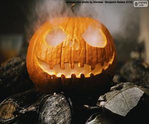 Puzle Kouřící Halloween dýně
