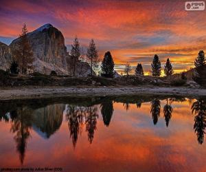 Puzle Krásné jezero Di Limides, Itálie