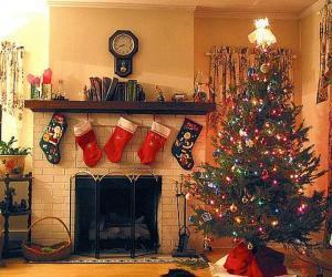 Puzle Krb Vánoce s visely ponožky a vánoční ozdoby