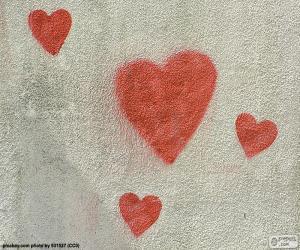 Puzle Lakované červené srdce