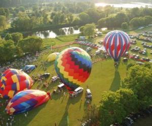 Puzle Letecký pohled na horké festivalu balónu