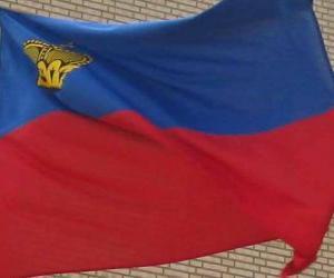 Puzle Lichtenštejnská vlajka