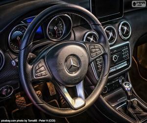 Puzle Mercedes-Benz volant