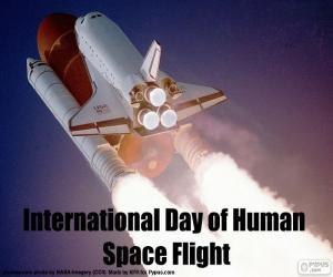 Puzle Mezinárodní den letů člověka do vesmíru