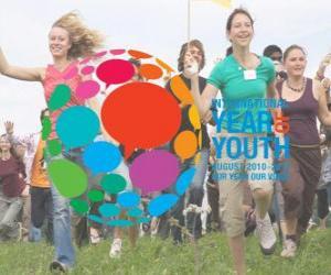 Puzle Mezinárodnímu roku mládeže. Srpen 2010 - 2011. Náš rok, náš hlas