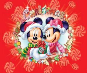 Puzle Mickey Mouse a Minnie wraped warm up se Santa Claus čepice