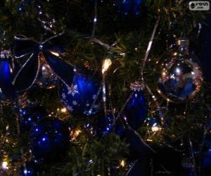 Puzle Modré koule dekorační vánoční stromeček