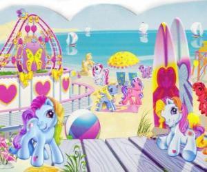 Puzle Několik malých poníků na pláži. My Little Pony