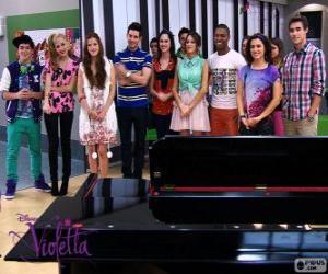 Puzle Některé z postav Violetta 2