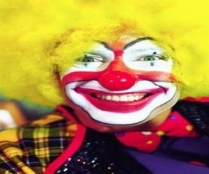 Puzle Obličej klauna s parukou a velikány nos a ústa
