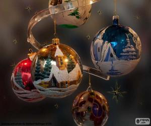 Puzle Pět vánoční koule