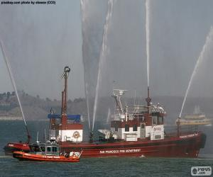 Puzle Požár na lodi
