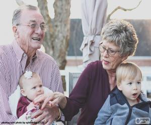 Puzle Prarodiče s vnoučaty