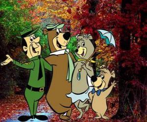 Puzle Protagonisté dobrodružství: Méďa Béďa, Boo-Boo, Cindy a park ranger Smith