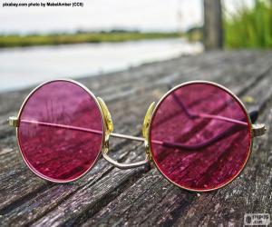 Puzle Růžové brýle