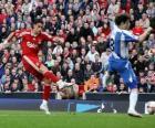 Dva fotbal nebo fotbalistů přít míč