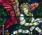 Barevné sklo s andělem