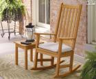 Houpací dřevěná židle